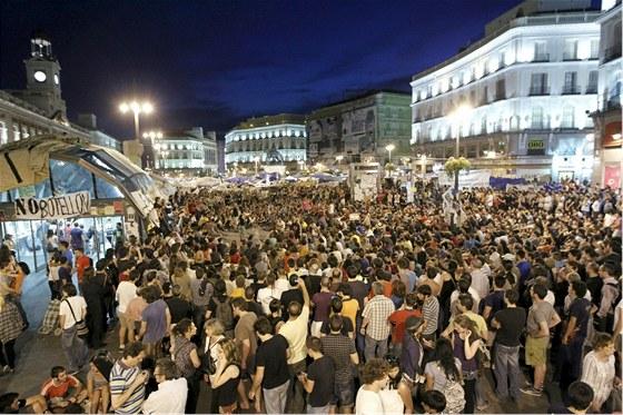 Protesty v Madridu (25. května 2011)