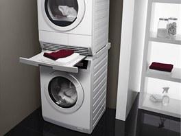 Pračka se sušičkou od AEG. Značka uvádí na trh pračky řady Neue Kollektion, které velmi šetrně a ohleduplně vyperou až 9 kg prádla.