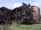N�kladn� vlak vykolejil v ned�li u Topolan a zablokoval tra� z Brna do P�erova