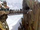 Mostek na Aiguille du Midi ve Francii