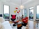 Jennifer Anistononvá si koupila střešní byt s rozlehlou terasou od vlasové stylistky Sally Hershbergerové.
