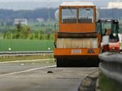 Oprava dálnice D11 u Hradce Králové