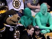 Svůj tým doprovázeli do Bostonu i zelení muži, známí vancouversští fanoušci.