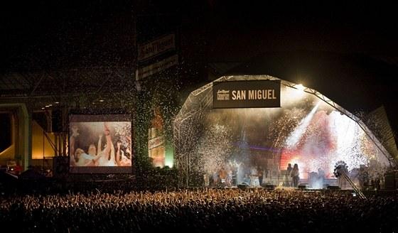 Primavera Sound Music Festival 2011 - pohled na vystoupení kapely Suicide