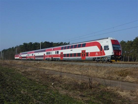 Vratná souprava 951 pro regionální dopravu na jižním Slovensku