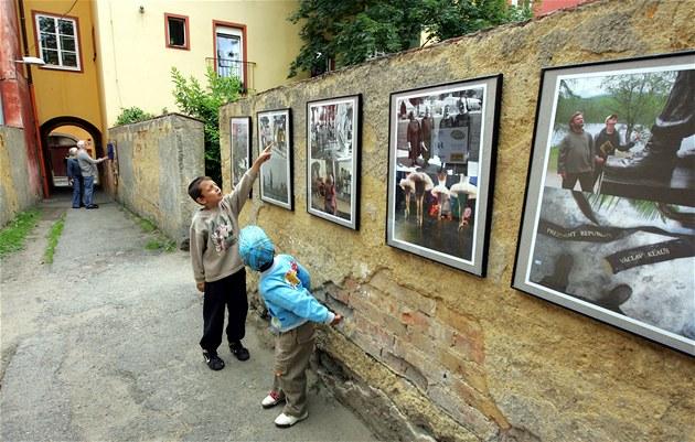 Fotografická výstava v uličce zavražděných..