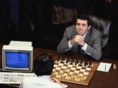 V květnu 1997 porazil IBM Deep Blue šachového velmistra Garryho Kasparova