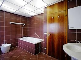 Koupelna v 1. patře – vila pro předsedu Poslanecké sněmovny Parlamentu ČR