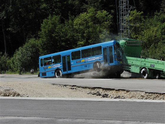 Crashtest autobusu