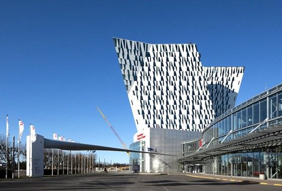 Hotel je součástí kodaňského konferenčního centra Bella Center.