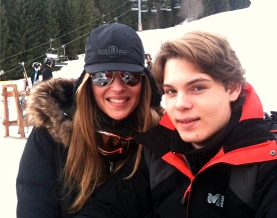 Modelka Pavl�na N�mcov� a jej� syn Alain