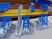 Maketa mostní konstrukce ze Studénky v soudní síni.