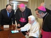 Papež Benedikt XVI. posílá svůj první tweet