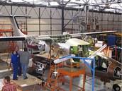 Výroba letounu EV-55 Outback
