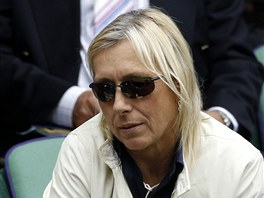 LEGENDA V HLEDIŠTI. Zápas na wimbledonském centrkurtu si nenechala ujít ani Martina Navrátilová.
