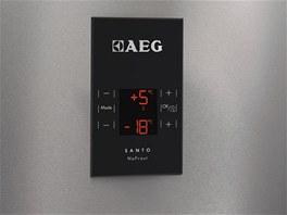 Nové chladničky AEG jsou vybavené elegantním LCD displejem, jež umožňuje přesné a rychlé nastavení teploty a funkcí.