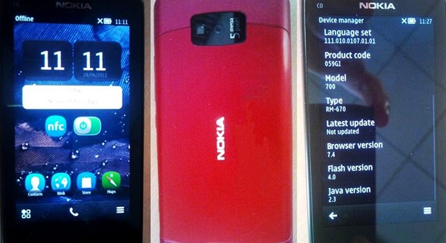 Nokia 700 
