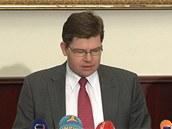 Ministr spravedlnosti Jiří Pospíšil oznamuje pochybení soudců v kauze sledování