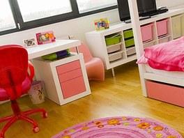 Dětské pokoje jsou na přání svých obyvatel pojaty v pestřejších barvách, aby se