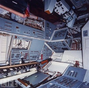 Uvnitř raketoplánu Endeavour