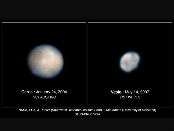 Vesta a Ceres z HST
