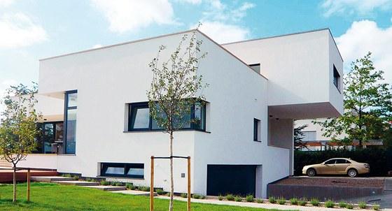Rodinný dům v Troji II. – snaha navázat na nejlepší tradici české architektury.