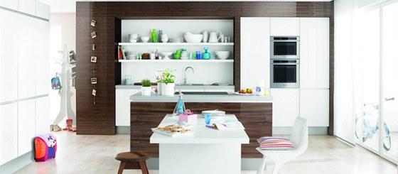 Pečicí trouby Bauknecht nabízí řadu užitečných funkcí a vylepšení, které pečení