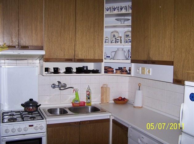 Kuchyn� vypadá i po 30 letech skoro jako nová.