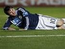ZKLAM�N� V LE�E. Lionel Messi po penaltov� proh�e s Uruguay�.
