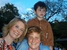 Cynthia Nixonov� s d�tmi a p��telkyn� Christine Marinoni