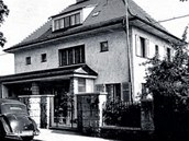 Bývalá Henleinova vila stojí v Liberci v Husově ulici. Po osvobození zde