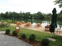 Opuštěný a smutný rybník Šeberák