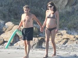 Prezident Sarkozy si vzal na koup�n� vodn� nudli