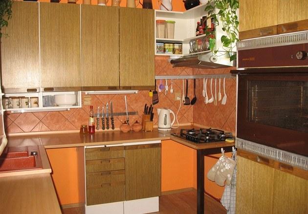 """Velikost kuchyn� dovolila majitel�m zv�t�it si pracovní plochu a """"rozvolnit"""""""