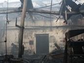 N�sledky po��ru v are�lu firmy Weiler v Holoubkov� na Rokycansku