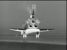 Raketoplán Atlantis těsně po posledním přistání 21.7.2011
