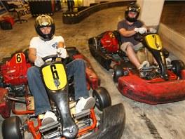 Motokárová dráha Lamborghini Kart Arena v nejvyšším patře nadzemního parkoviště