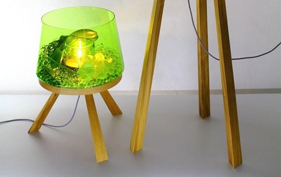 Svítidlo Planta funguje jako svítíci zahrada.