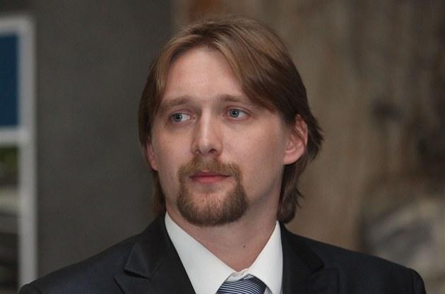 Ministr dopravy za V�ci ve�ejné Pavel Dobe�