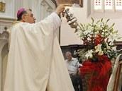 Arcibiskup Dominik Duka na pouti v Chrudimi