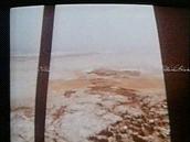 """""""Utajené záběry"""" z přistání na Marsu, kde údajně vědci nalezli tekoucí vodu,"""