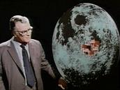 """""""Není to zvláštní náhoda, že na odvrácené straně Měsíce jsou místa amerických a"""