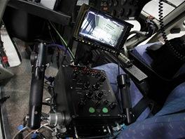 FlightCam - ovládání kamery a držáku na předním sedadle