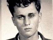 Josef Mašín na policejní fotografii z vazby, kde skončil po zatčení za