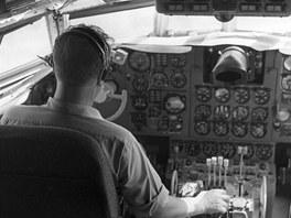 Letoun Ilju�in Il-62 (ilustra�n� sn�mek)