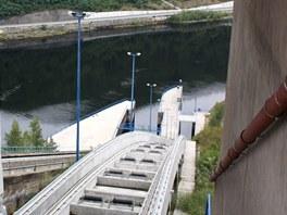 Lodní výtah pro malé lodě na přehradě Orlík