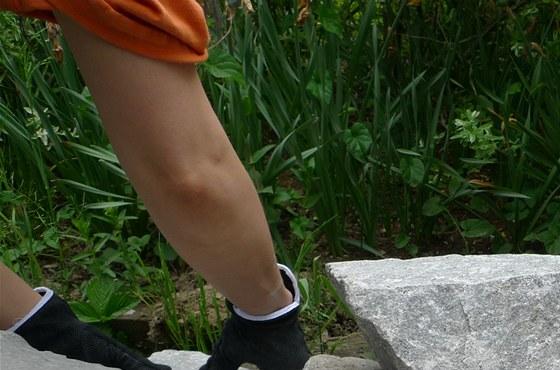Kameny k sobě musíte pečlivě poskládat, nikoliv je jen tak naházet. Spodní