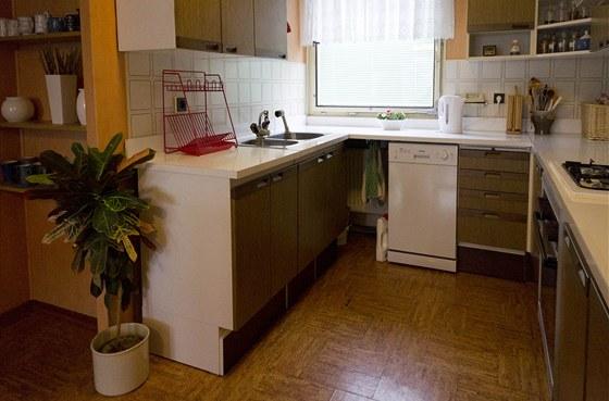 Jen t�ko uv��it, �e kuchyn� slou�� majitel�m ji� 28 let.