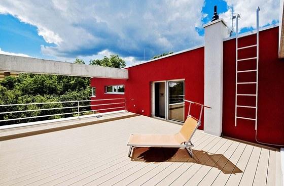 Střešní terasy poskytují luxus krásného výhledu a dokonalého soukromí. Zdroj: