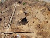 Archeologové objevili při záchranném výzkumu na náměstí v Prčici pravděpodobně